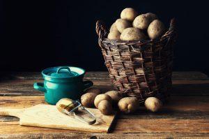 almacén de mimbre-patata